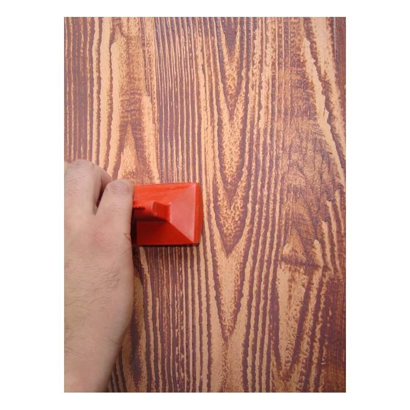 Veteador de goma for Como pintar puertas de sapeli