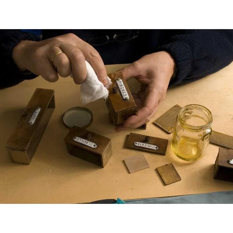 Aceite de linaza cocido con secante para proteger la madera - Aceite de linaza para madera ...